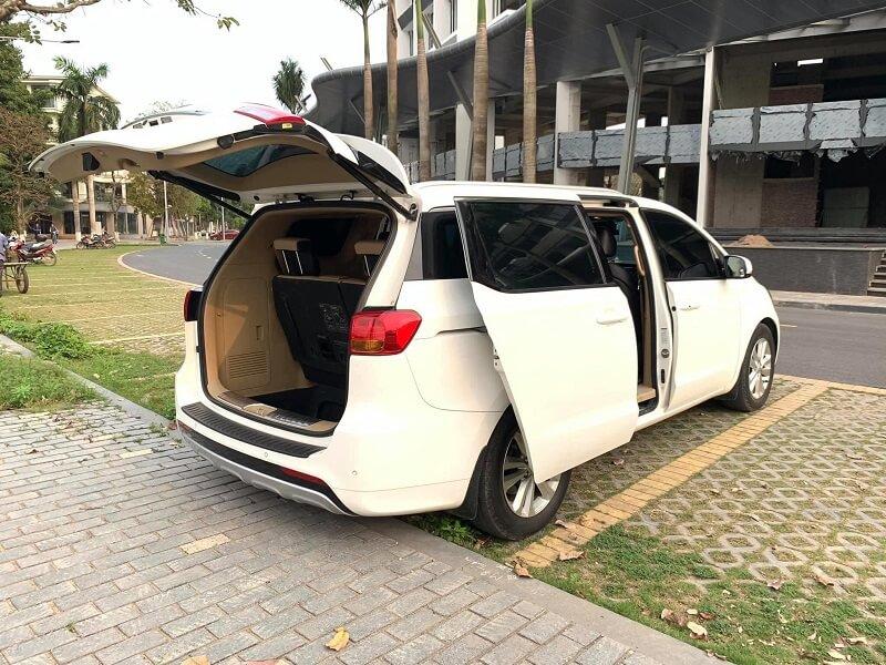 Địa chỉ cho thuê xe Kia Sedona tại Quận Long Biên - Cường Sedona