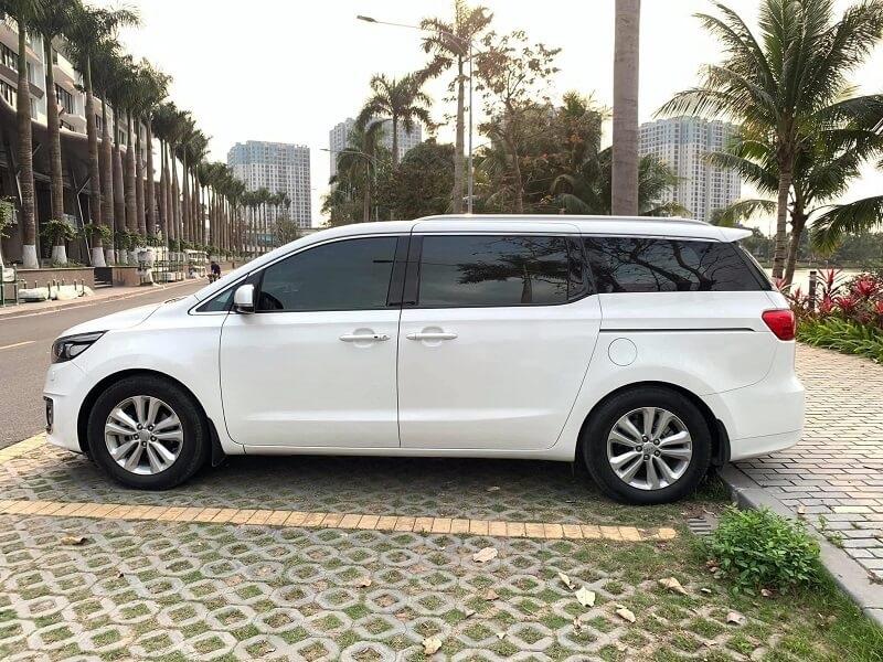 Cho thuê xe Kia Sedona Huyện Gia Lâm giá rẻ