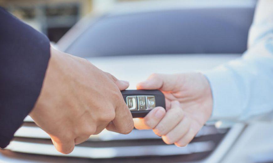 Cho thuê xe Kia Sedona huyện phú xuyên giá rẻ