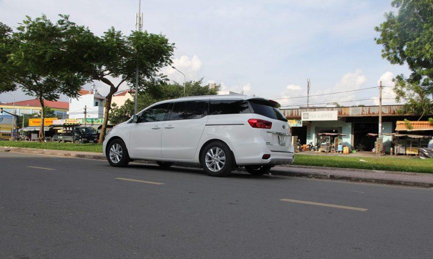 Cho thuê xe Kia Sedona huyện Quốc Oai